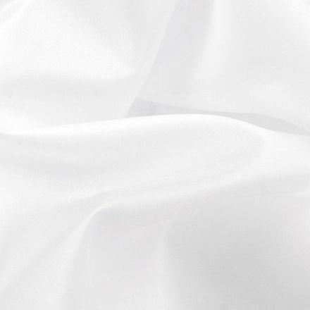 Metráž: Podšívka šíře 150 cm - bílá