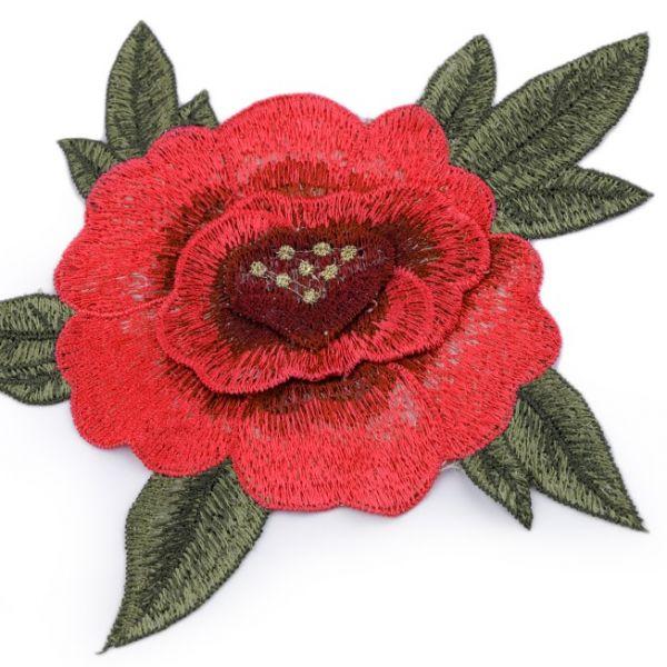 Vyšívaná aplikace růže 3D
