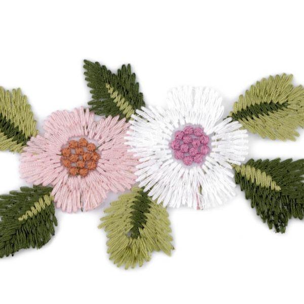 Vyšívaná aplikace květy na monofilu