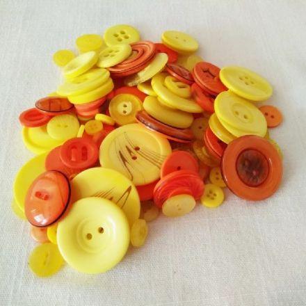 Galanterie: Plastové knoflíky 8-43 mm (120ks) - mix