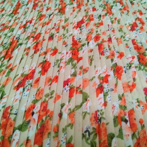 Plisé květy červené