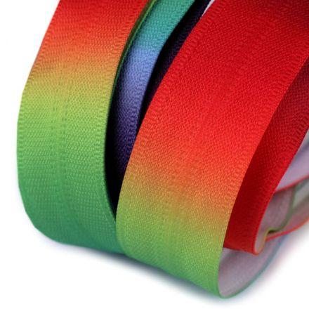 Galanterie: Duhový zip skrytý šíře 5 mm