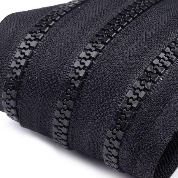 Zip kostěný 5mm - černá